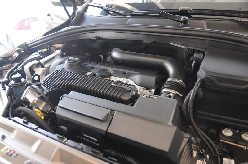 汽车发动机舱结构解析
